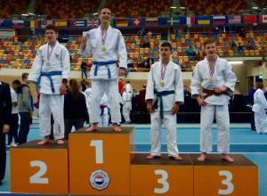 Joris Moors wint zilver op NK -15!