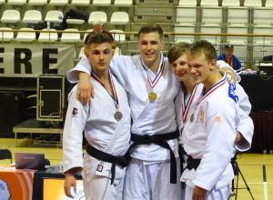 Mark van Dijk haalt Brons bij debuut op NK judo -21 jaar