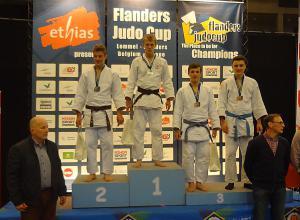Mark van Dijk wint Flanderscup