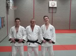 Judoclub Helden weer enkele zwarte banden rijker.